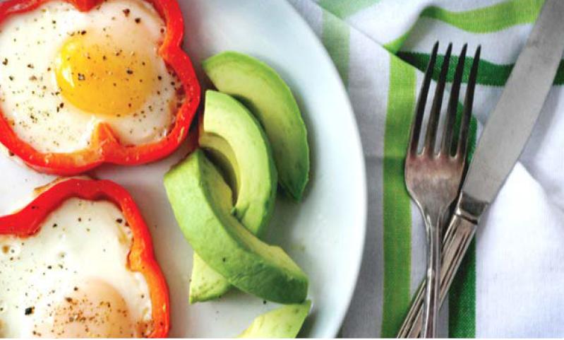 Prsten od paprike oko jajeta za jos jedan fantasticno zdrav dorucak pun proteina